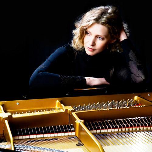 Fiona Joy, Moving On, Piano