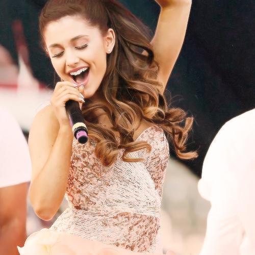 Ariana Grande, Side To Side (feat. Nicki Minaj), Piano (Big Notes)