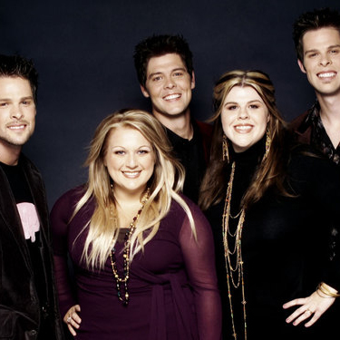 The Crabb Family, The Reason That I'm Standing, Piano, Vocal & Guitar (Right-Hand Melody)