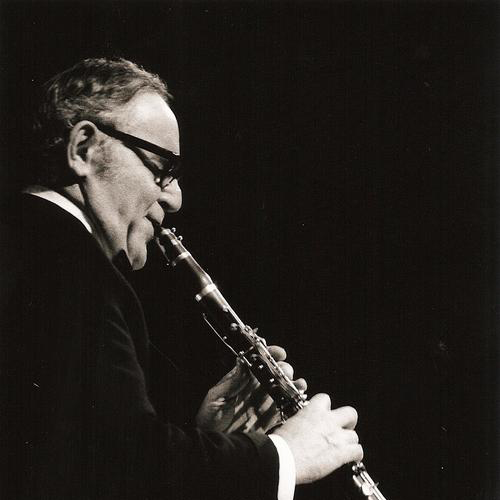Benny Goodman, Gotta Be This Or That, Piano
