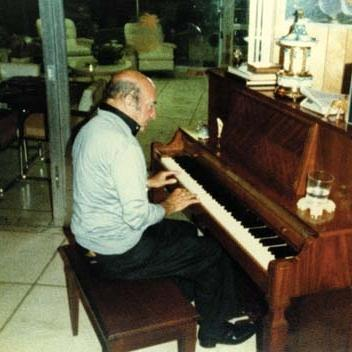 Carl Sigman, A Marshmallow World, Piano, Vocal & Guitar (Right-Hand Melody)