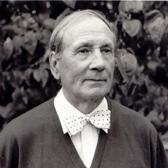 Geoffrey Bush, Comodo - 1st movement of Sonatina for Piano, Piano
