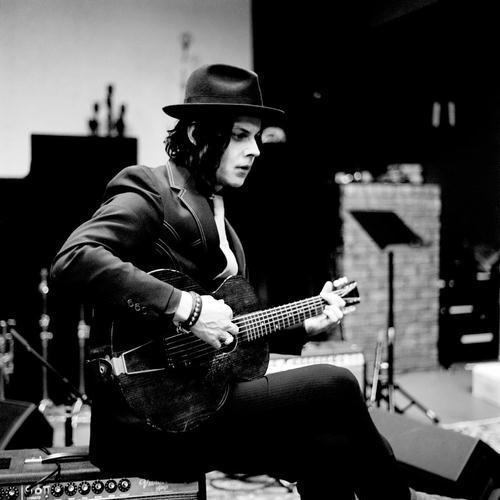 Jack White, Wayfaring Stranger, Piano, Vocal & Guitar (Right-Hand Melody)