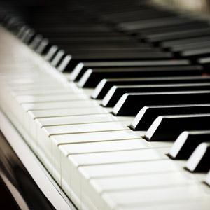 Last, Danse Caprice, Piano