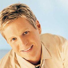 Steve Green In Brokenness You Shine profile image