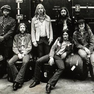 The Allman Brothers Band, I'm Your Hoochie Coochie Man, Piano, Vocal & Guitar (Right-Hand Melody)