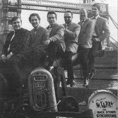 The Back O Town Syncopators, Manhattan Spiritual, Piano